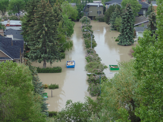 _2013_Calgary_Flood-Glencoe_Homes